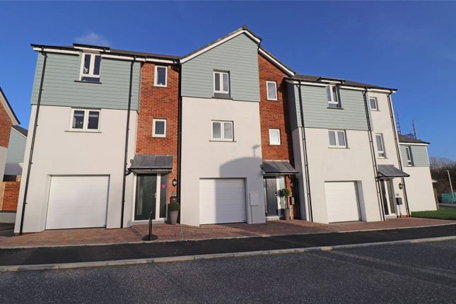 Thumbnail Terraced house for sale in Brooks Avenue, Holsworthy