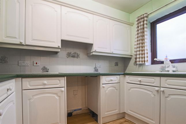 Kitchen of Candlemakers Court, Clitheroe BB7