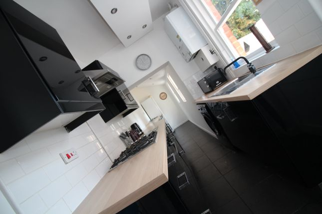 Thumbnail Property to rent in Grasmere Street, Leicester