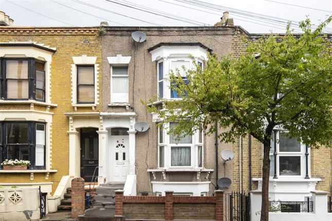 Thumbnail Flat for sale in Rushmore Road, London