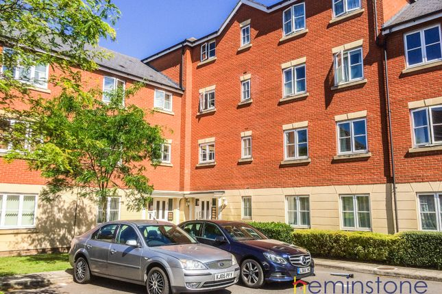 2 bed flat for sale in Halcyon Close, Witham, Essex CM8