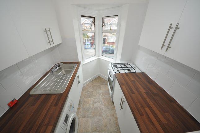 Thumbnail Flat to rent in Tylehurst Gardens, Ilford Essex