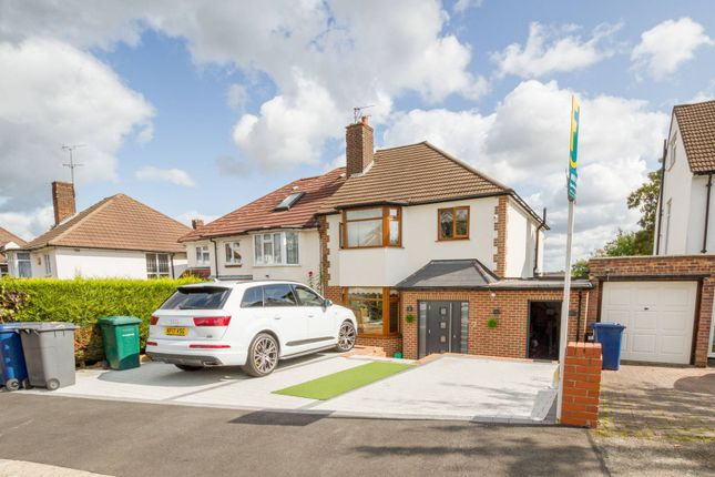 4 bed semi-detached house for sale in Hillside, New Barnet