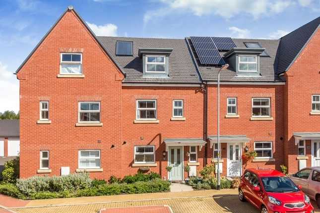 Thumbnail Town house for sale in Tees Avenue, Rushden