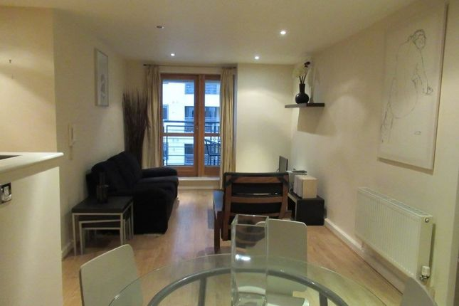 2 bed flat to rent in Bowman Lane, Hunslet, Leeds