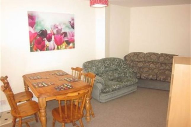 Flat in  st Floor  Byron Place  Clifton  Bristol