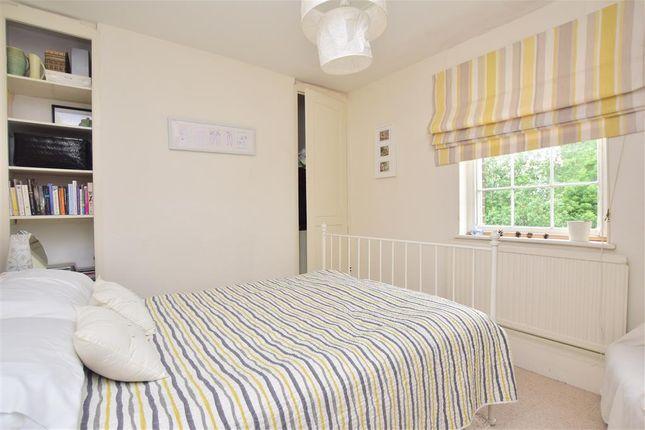 Bedroom 3 of Preston Grove, Faversham, Kent ME13