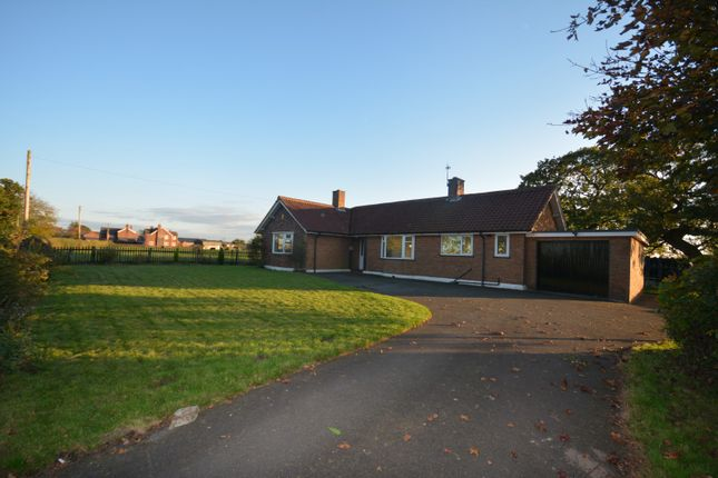 Thumbnail Bungalow to rent in Byley Lane, Cranage, Middlewich