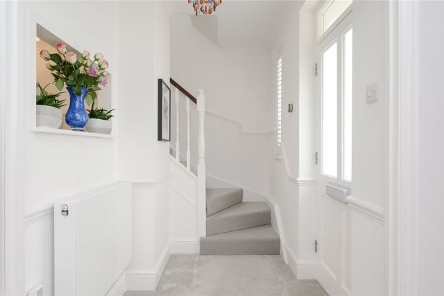 Terraced house for sale in Vineyard Mews, Preston Place, Richmond, Surrey, UK