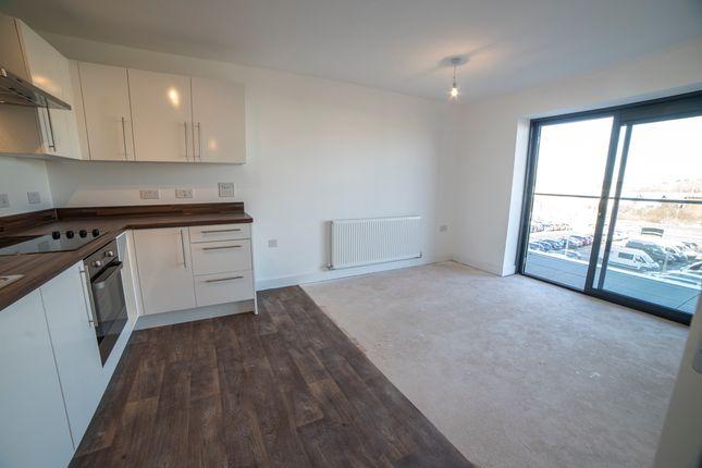 1 bed flat for sale in Racecourse Road, Newbury, Berkshire