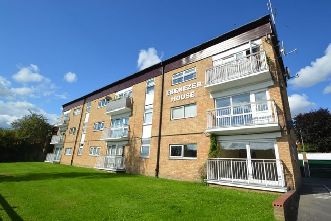 Thumbnail Flat For Sale In London Road Loudwater High Wycombe
