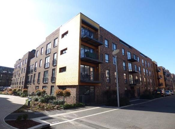 Thumbnail Flat to rent in Clement Ct, Letchworth Road, Stanmore, Middlesex