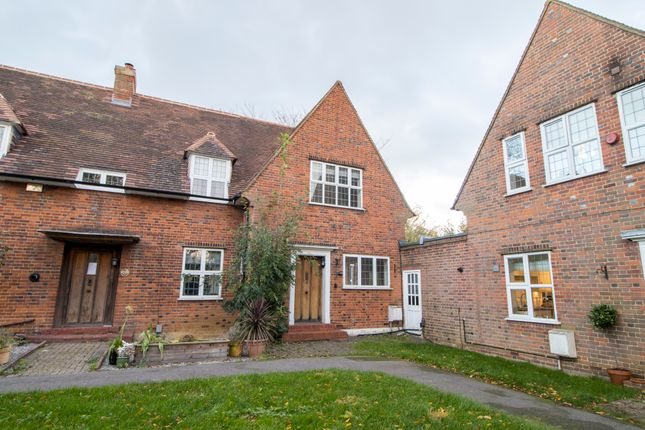 Thumbnail End terrace house for sale in The Orchard, Welwyn Garden City, Hertfordshire