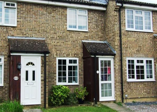 2 bed terraced house to rent in The Copse, Southwater, Horsham