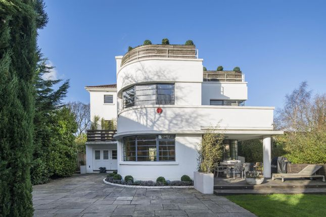Thumbnail Property for sale in Neville Drive, Hampstead Garden Suburb