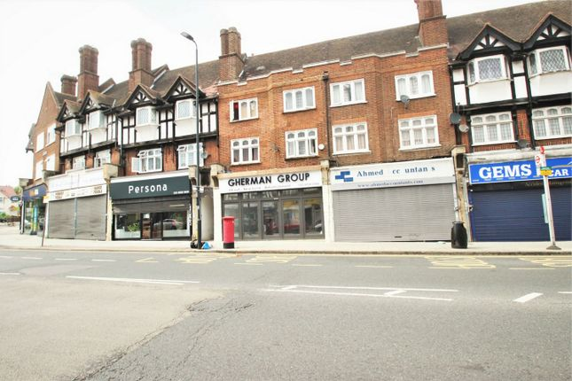 3 bed flat to rent in Court Parade, Wembley, Greater London HA0