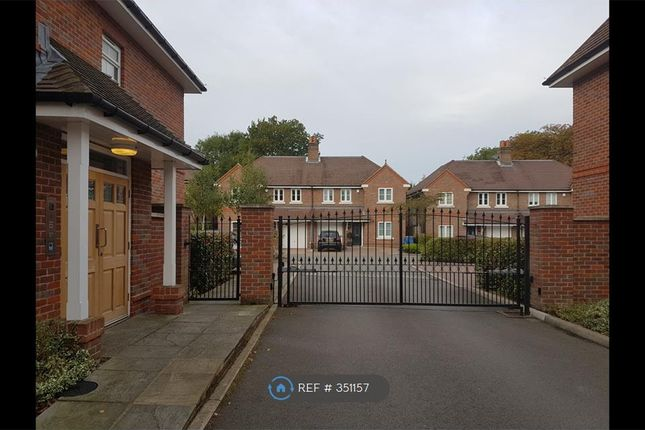 Thumbnail Flat to rent in Buckle House, Banstead