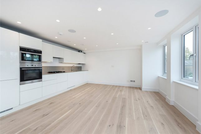 Thumbnail Flat to rent in Walpole Court, Ealing Green, London