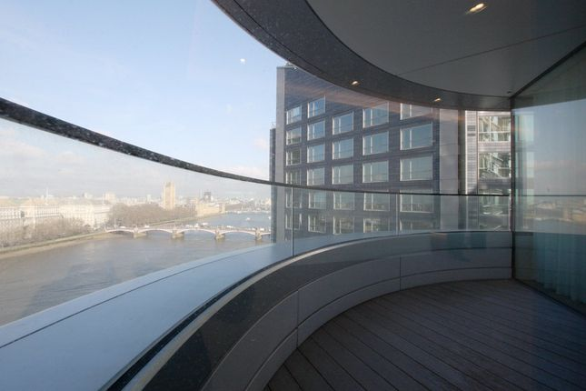 Thumbnail Flat to rent in The Corniche Building, 2 Tower, 20 21 Albert Embankment, London