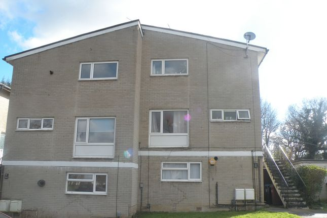 Thumbnail Maisonette to rent in Deerswood Avenue, Hatfield, Hertfordshire