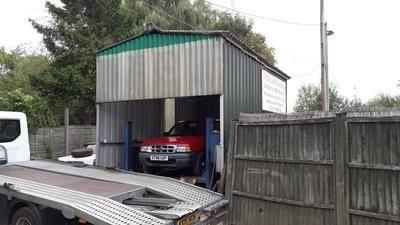 Photo 3 of Turgis Green Garage, Turgis Green, Basingstoke RG27