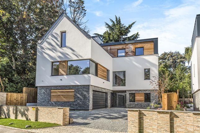 Thumbnail Detached house for sale in The Warren, Radlett