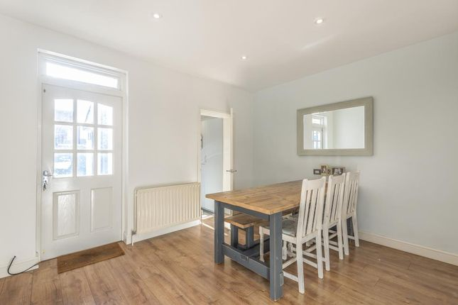 Dining Area of Cholmeley Place, Reading RG1