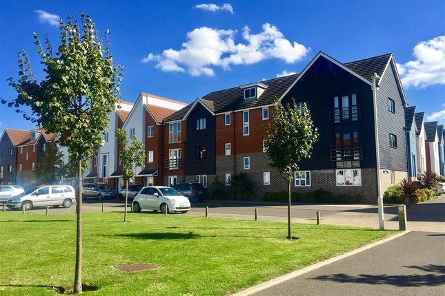 Thumbnail Flat to rent in Edward Vinson Drive, Faversham