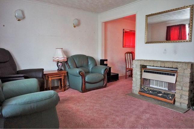 Lounge of Hollybush Lane, Hemel Hempstead HP1