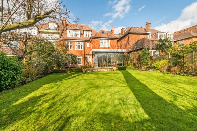 Thumbnail Property for sale in Bracknell Gardens, Hampstead