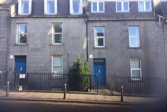 Thumbnail Shared accommodation to rent in Crown Street, Aberdeen
