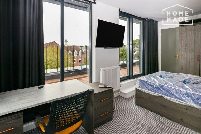 Studio to rent in Kenton Road, Harrow HA3