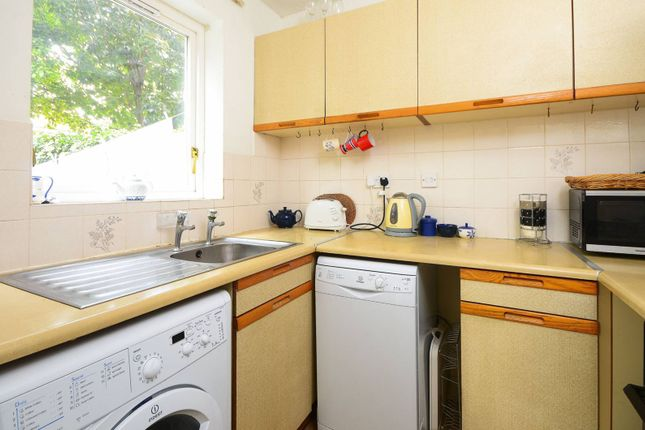Thumbnail Property to rent in Taeping Street, Isle Of Dogs
