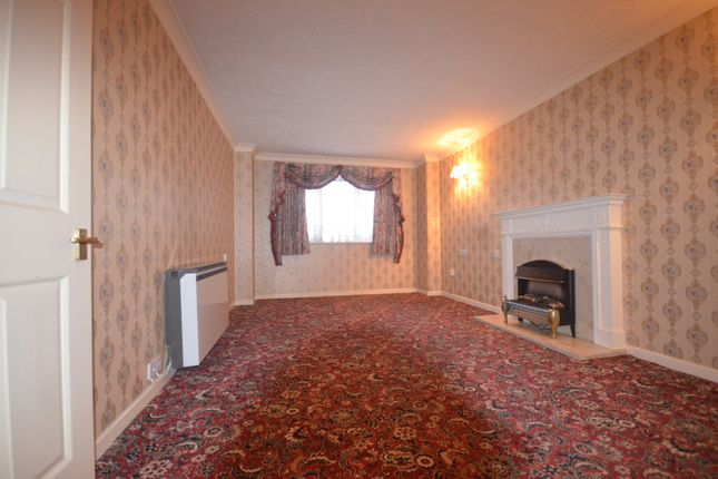 Thumbnail Flat to rent in Parkview Court, Brancaster Road