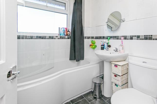 Bathroom of Cynfran Road, Llysfaen, Colwyn Bay, North Wales LL29