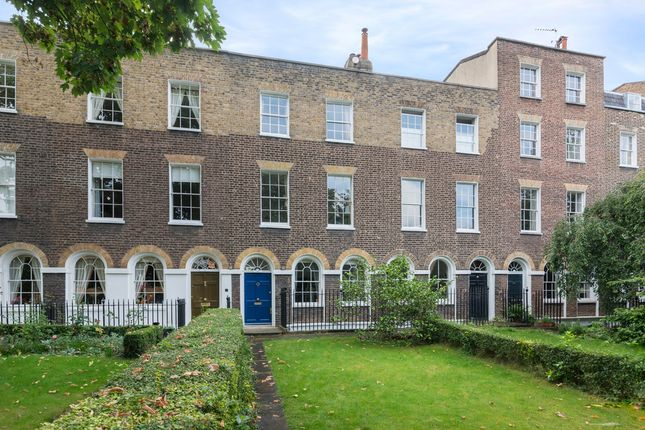 Thumbnail Terraced house to rent in Harfield Gardens, Grove Lane, London