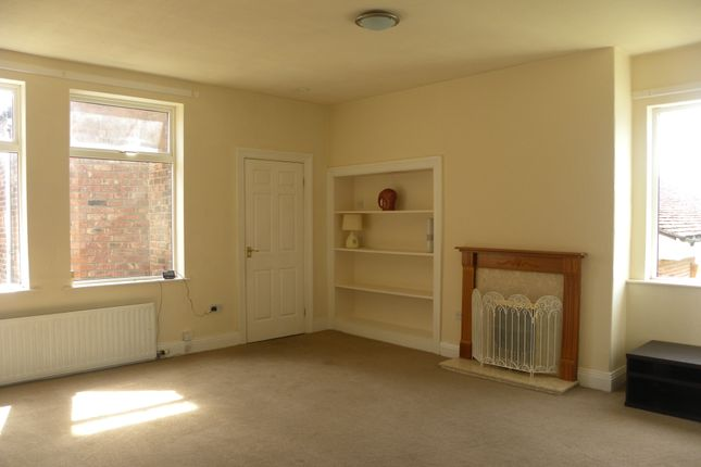 Thumbnail Flat to rent in Avenue Road, Seaton Delaval, Whitley Bay