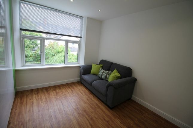 Studio to rent in Connaught Road, Roath, Cardiff CF24