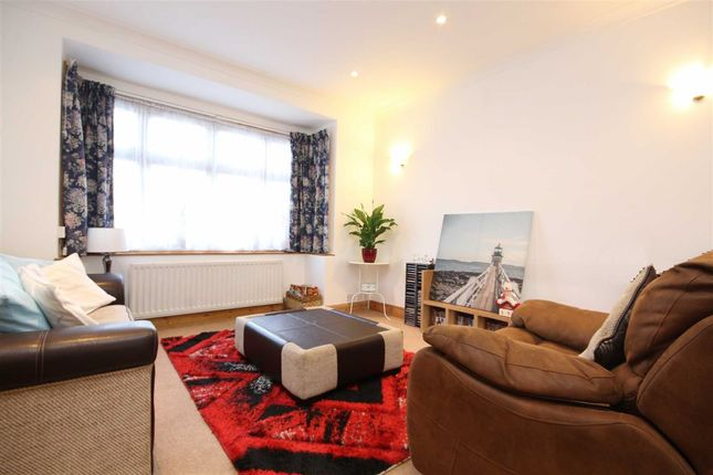 Thumbnail Semi-detached house to rent in Hartham Road, Isleworth