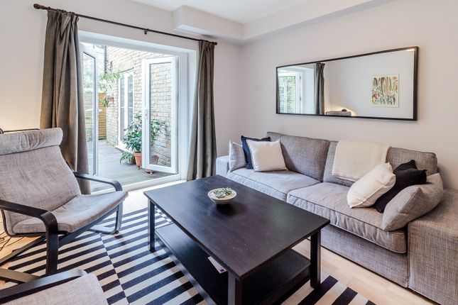 Thumbnail Flat for sale in Junction Road, London