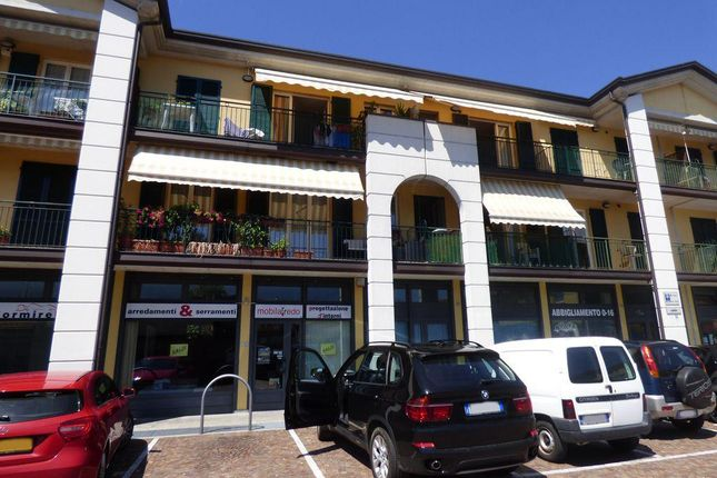 4 bed apartment for sale in 22015 Gravedona Co, Italy