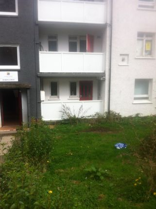 Thumbnail Flat for sale in Maple Drive, Johnstone, Johnstone PA5 9Rs