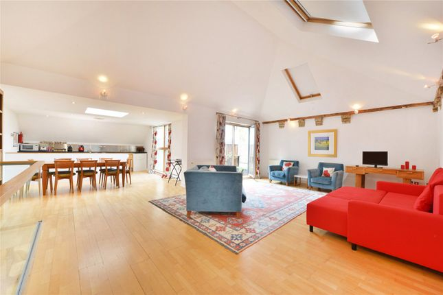 Thumbnail Mews house for sale in Allingham Mews, Islington, London