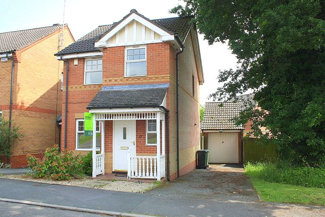 Thumbnail Link-detached house to rent in Ambergate Close, Brockhill, Redditch