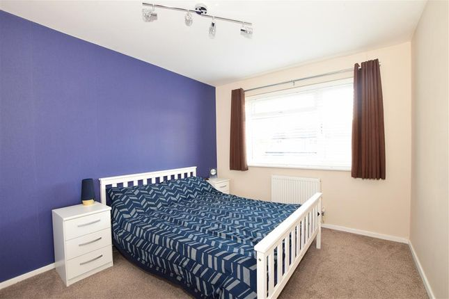 Thumbnail Maisonette for sale in Willoughby Avenue, Beddington, Surrey