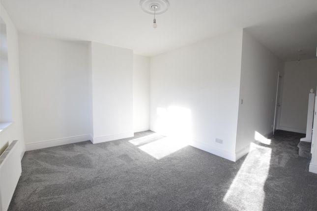 Thumbnail Flat to rent in B Hengrove Lane, Bristol