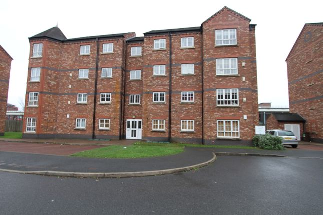 Thumbnail Flat to rent in Thomas Brassey Close, Chester, Cheshire