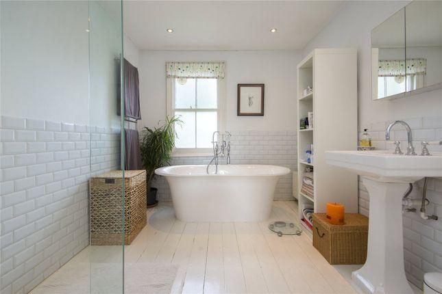 Bathroom of Southborough Road, London E9