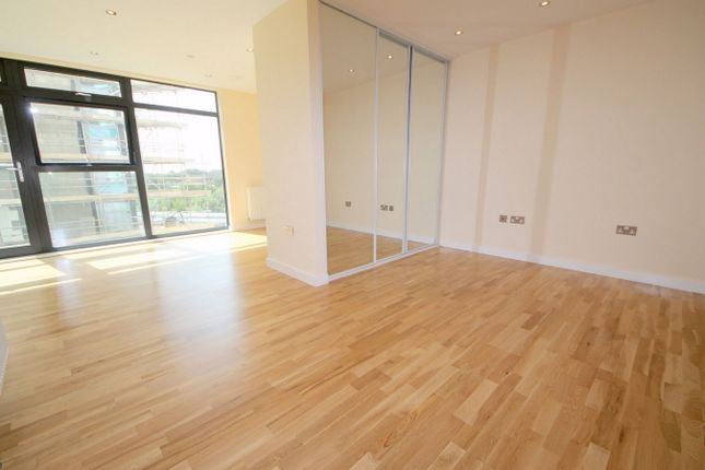 Thumbnail Studio to rent in 6A Colman Parade, Southbury Road, Enfield, Middlesex