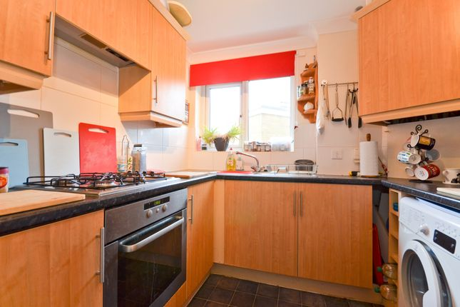 Kitchen of Snowberry Road, Newport PO30